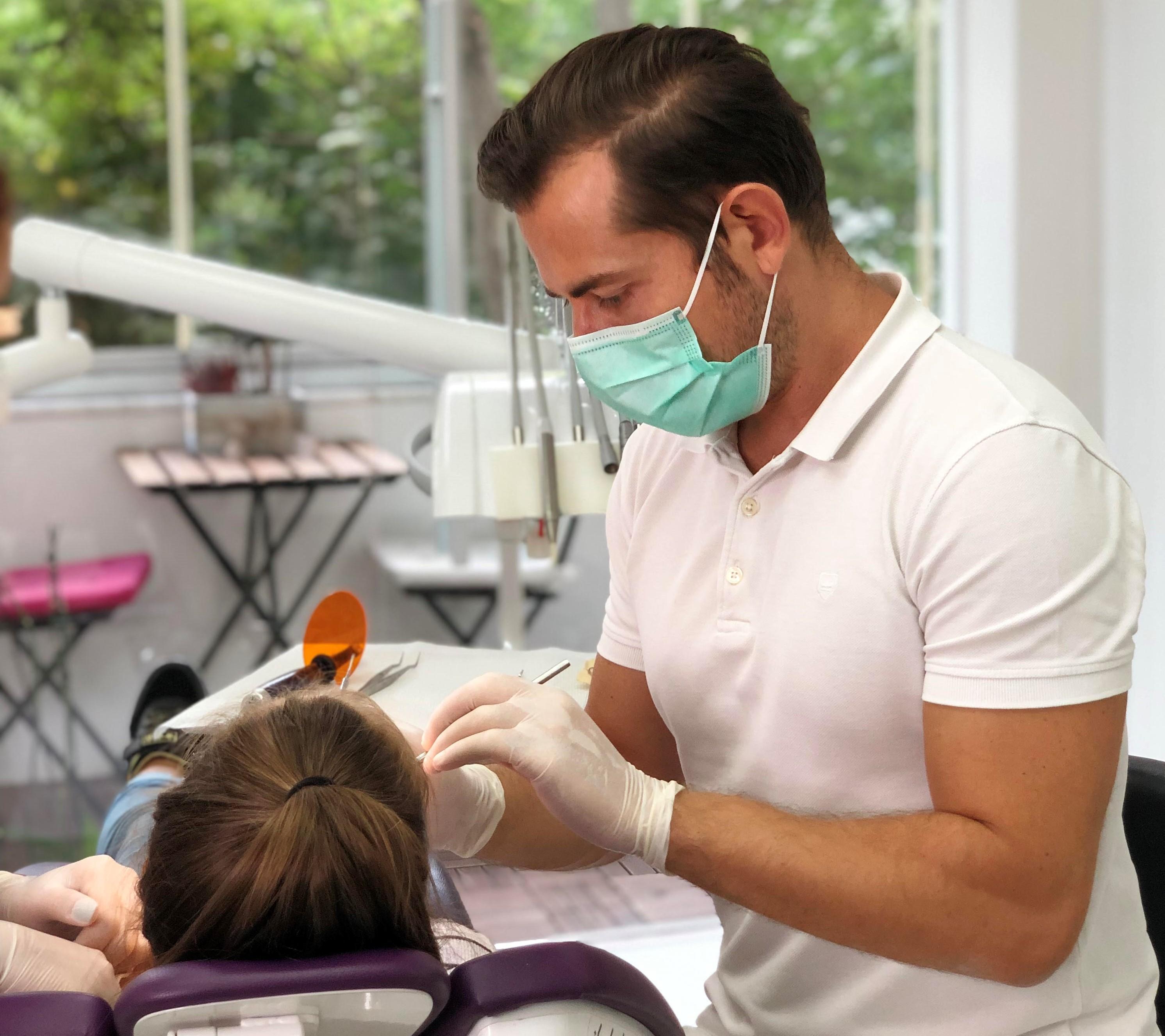 şeffaf diş plakları invisalign
