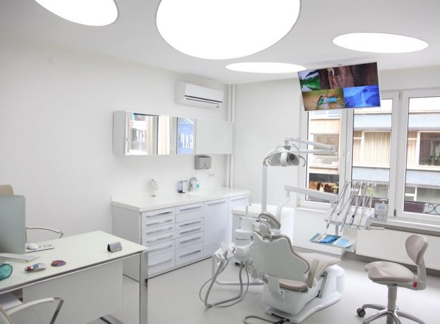 şeffaf diş plakları invisalign kliniği
